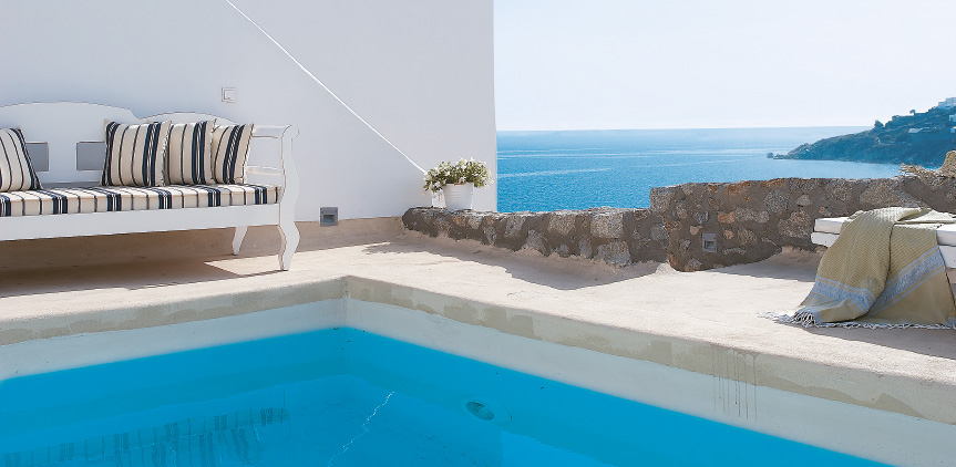 2-amazing-aegean-view-in-island-blue-villa-with-private-pool