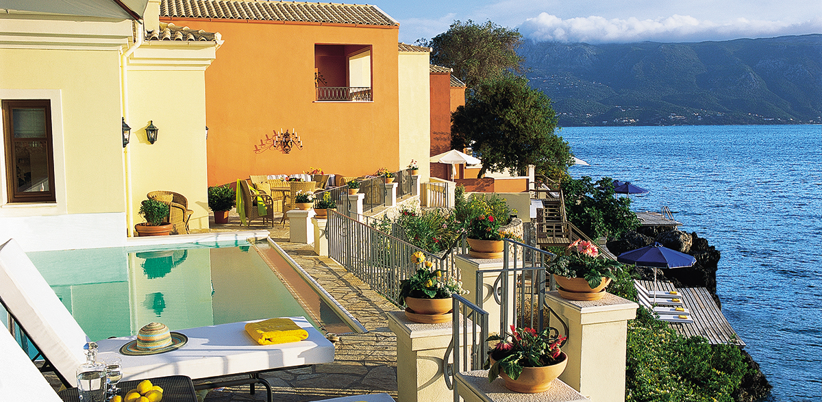 02-palazzo-sissy-private-sea-view-pool-corfu-imperial