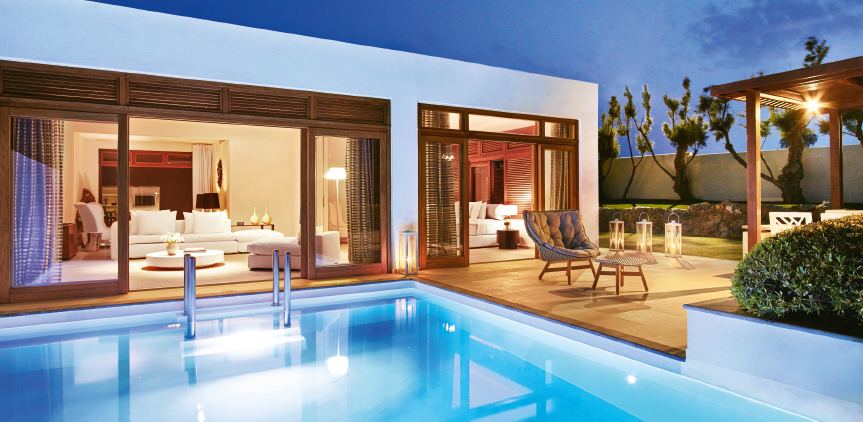 02-royal-residence-luxury-accommodation-with-private-pools