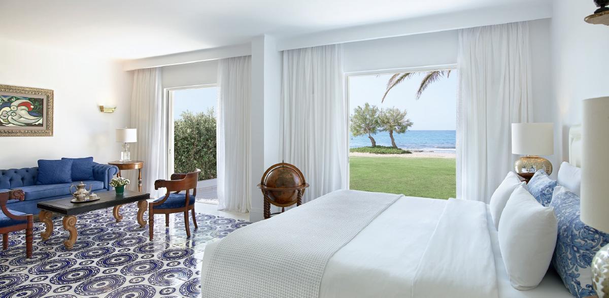 01-2-bedroom-beach-villa-luxury-accommodation-caramel-in-crete