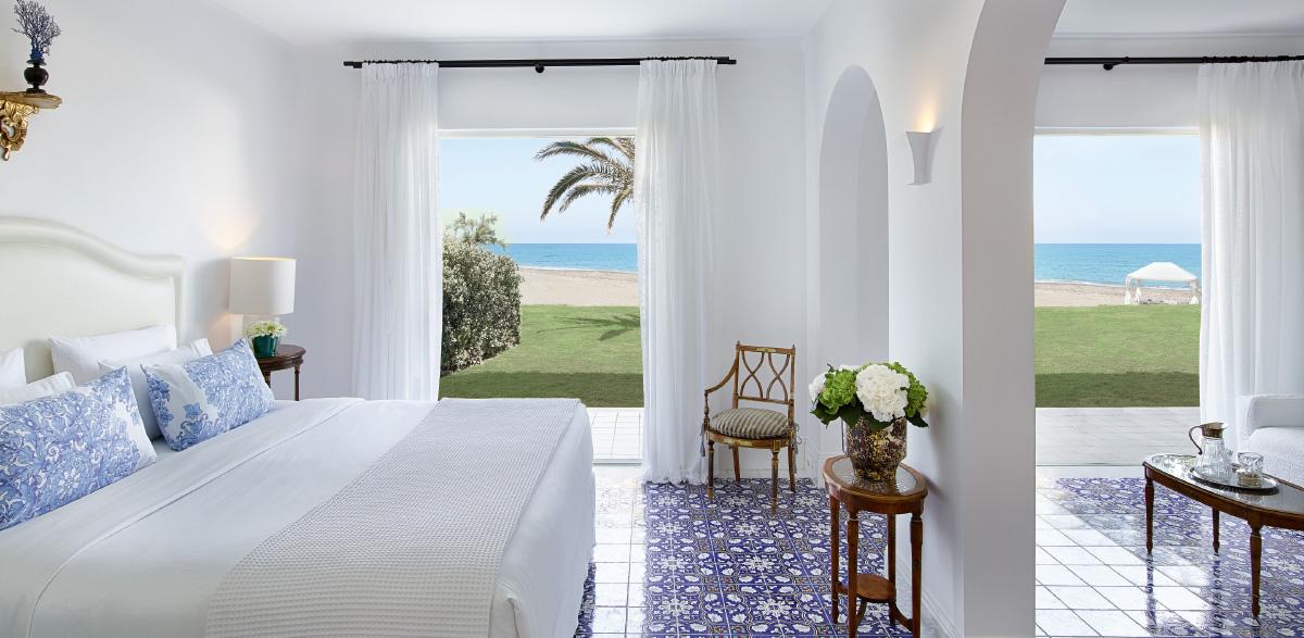 10-2-bedroom-beach-villa-luxury-resort-caramel-in-greece