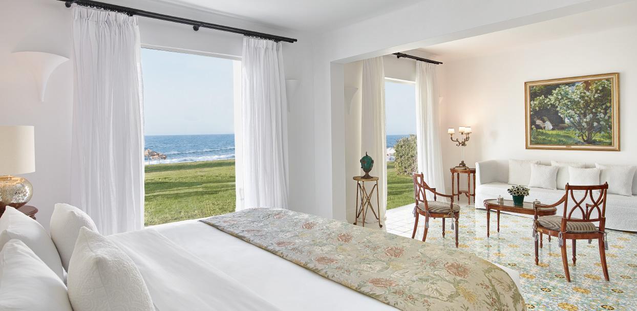 02-two-bedroom-beach-villa-crete-island