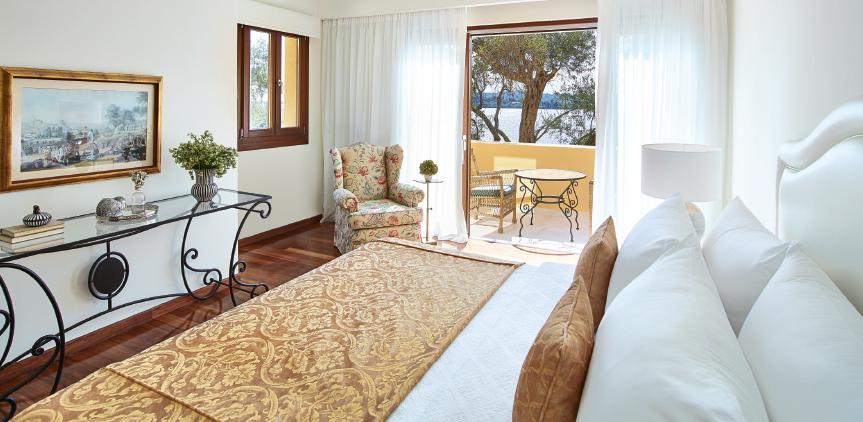 02-3-bedroom-beachfront-villa-private-pool-luxury-accommodation