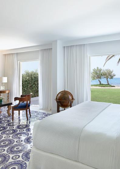 01-caramel-beach-resort-3-bedroom-maisonette-beach-villa