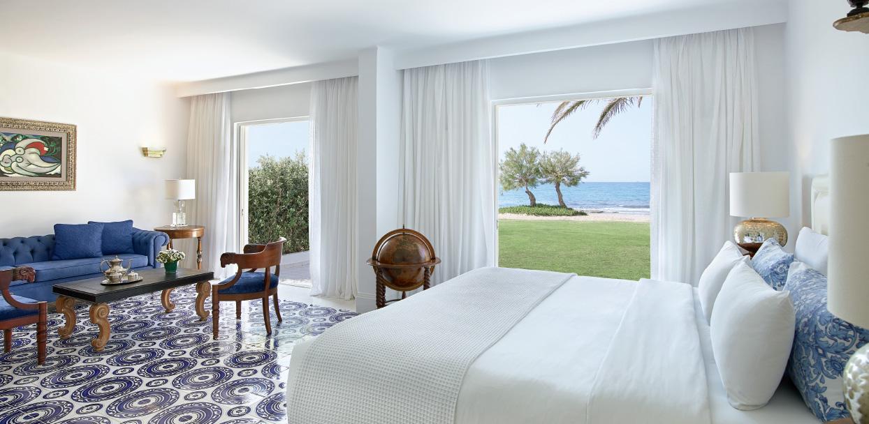 01-caramel-beach-resort-3-bedroom-maisonette-beach-villa-crete