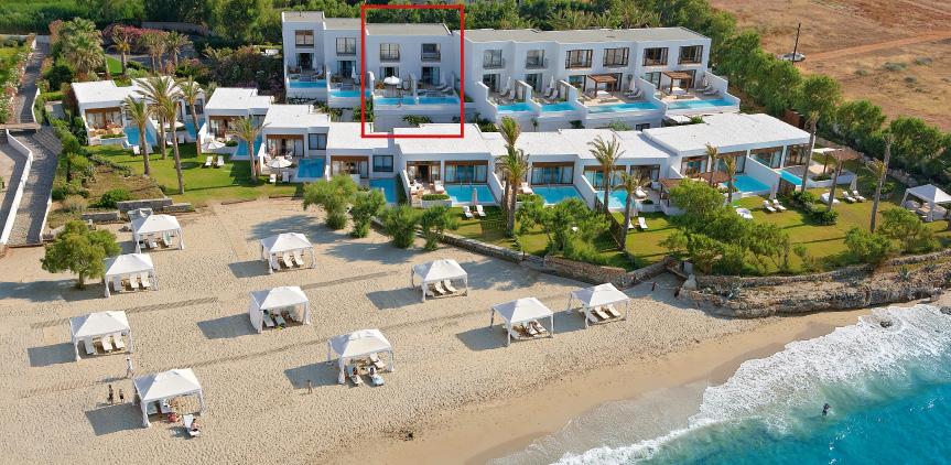 amirandes-dream-villa-beachfront-location