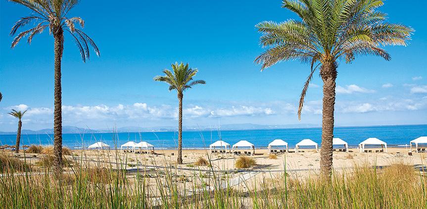 04-beachfront-villa-luxury-accommodation-mandola-rosa-exclusive-resort