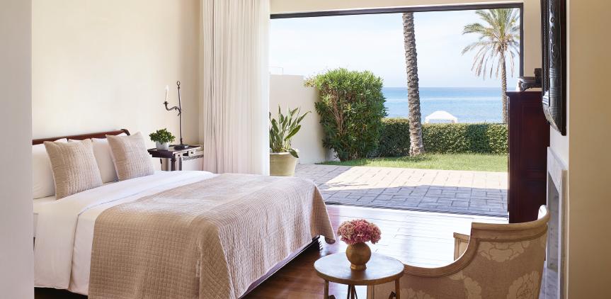 3-beach-villa-kyllini-peloponnese-luxury-bedroom