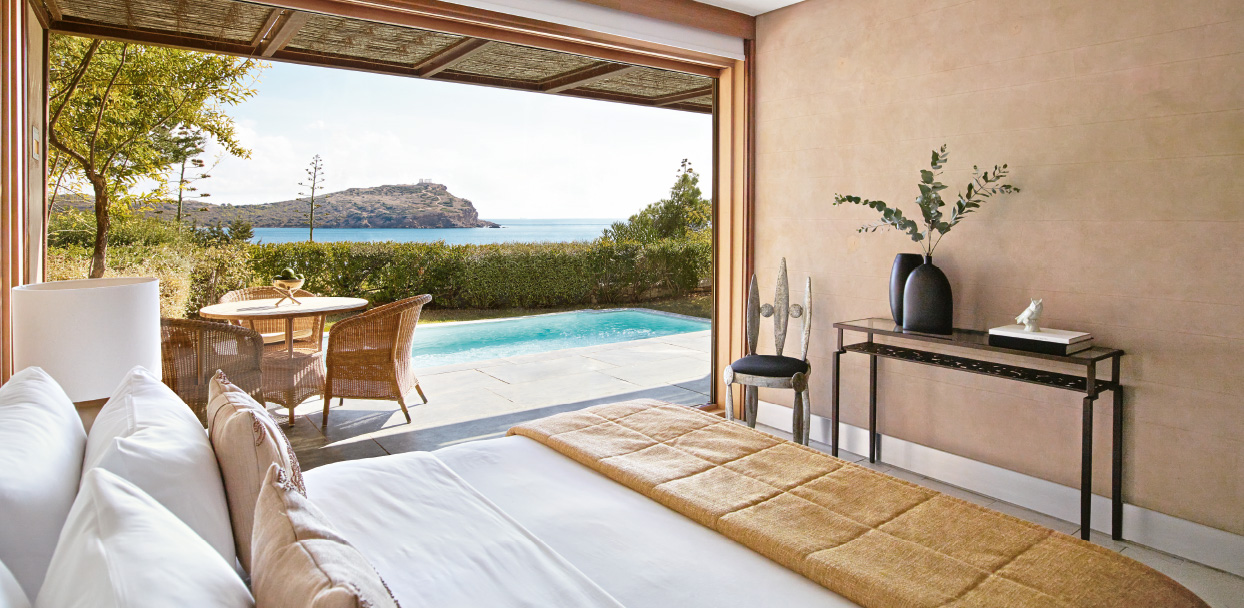 3-deluxe-family-villa-bedroom-with-pool-and-sea-view