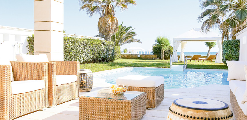 02-presidential-villa-luxury-accommodation-with-private-pool