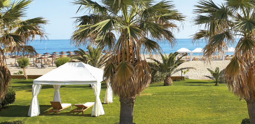04-presidential-villa-luxury-accommodation-with-private-pool-and-sea-view