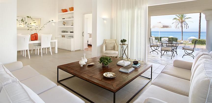 01-villa-iolas-living-area-mandola-rosa-peloponnese