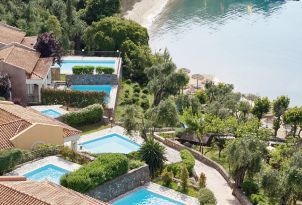 01-exclusive-villas-with-private-pool-and-sea-view-corfu