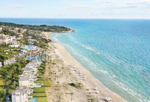 11-luxury-villas-accommodation-beach-resorts-greece