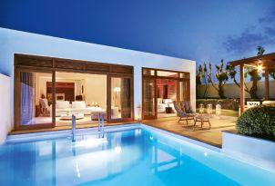 13-beachfront-villas-with-private-pool-crete