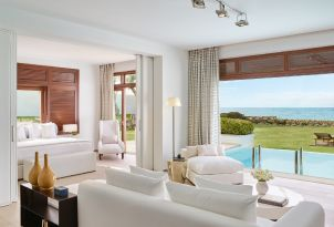 16-amirandes-luxury-villas-with-private-pools