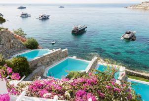 mykonos-villas-with-sea-view-private-pools