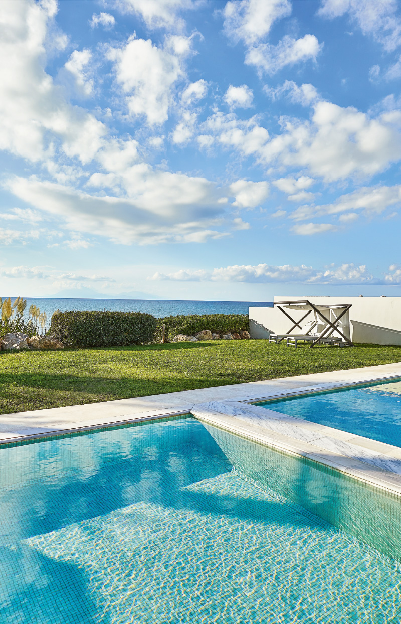 villa-with-private-seafront-pools-mandola-rosa