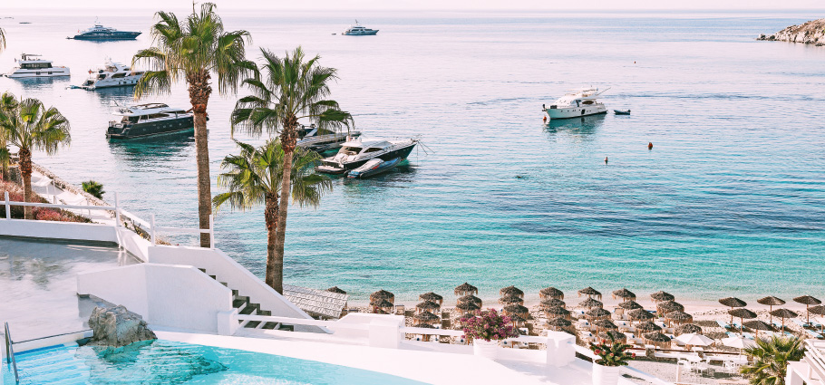 01-grecotel-private-yacht-charter