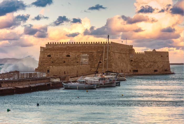 02-private-yacht-charter-crete-island